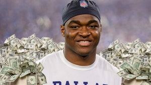 Amari Cooper Signs $100 Mil Deal W/ Cowboys, Turned Down More From 'Skins?!