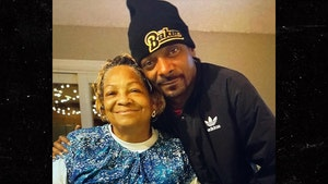 Snoop Dogg's Mother, Beverly Tate, Dies