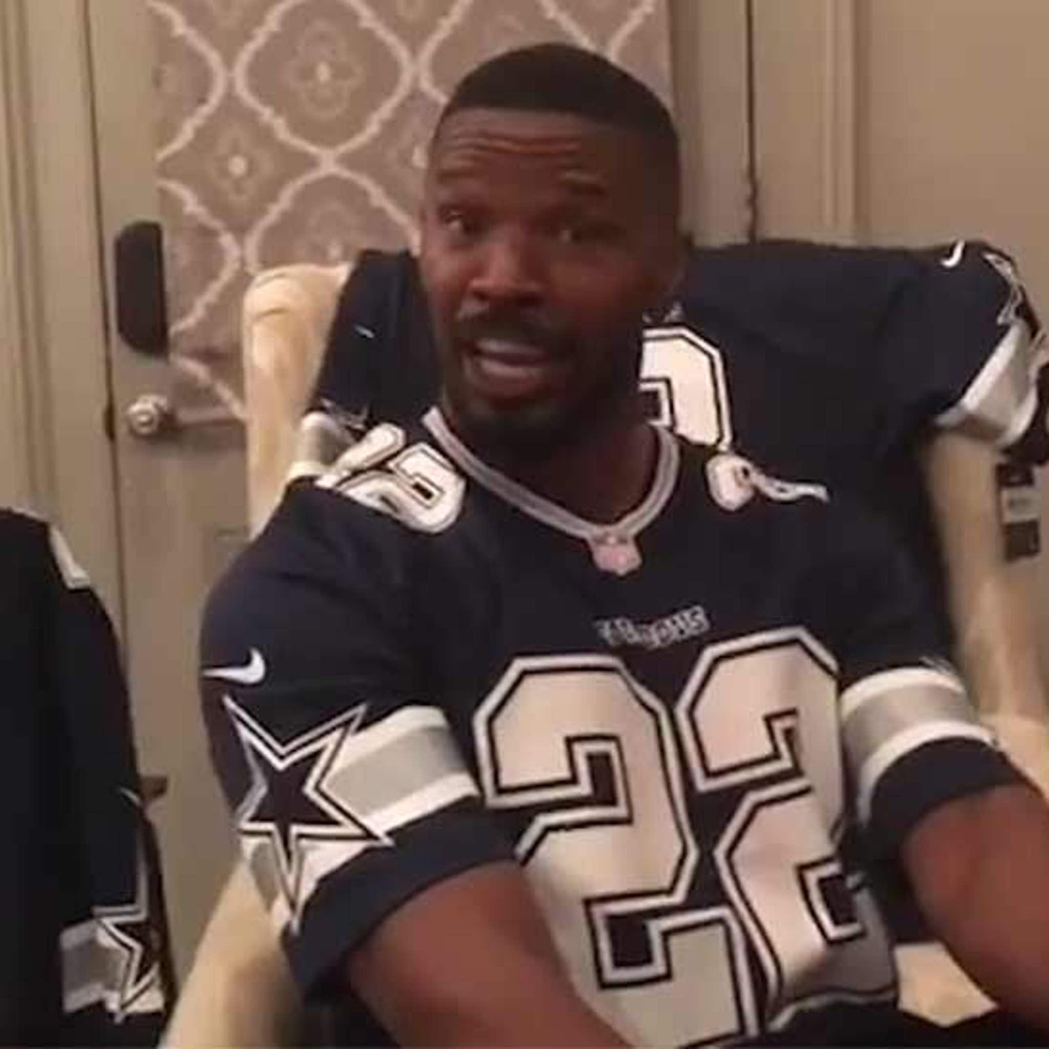los angeles c9140 68bc9 Jamie Foxx Turns Up In Living Room After Cowboys Win, Jersey ...