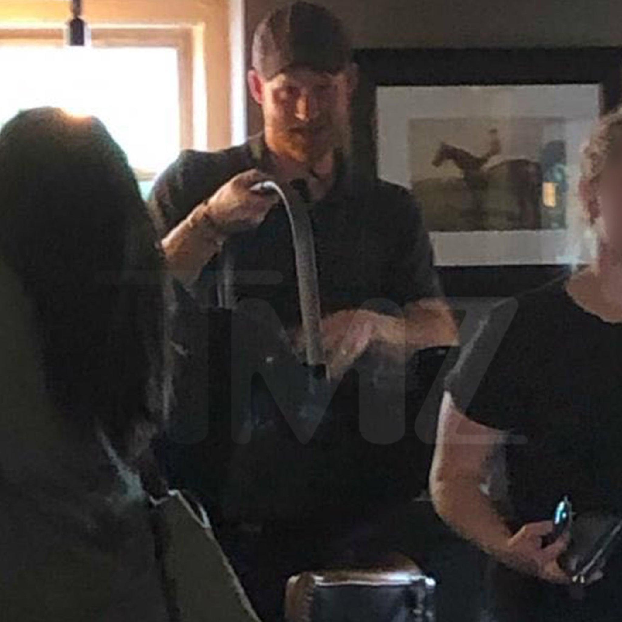 Prince Harry & Meghan Markle Take Archie Out to a Pub