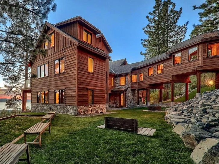 The Kardashians Rent Out Incredible Estate in Tahoe