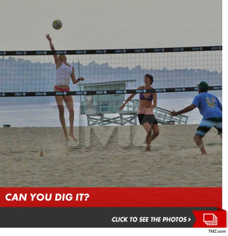 Gold Medalist Kerri Walsh -- Training for Olympics with New Partner