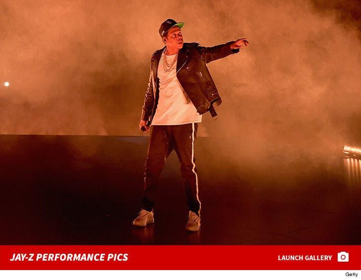 Jay-Z -- Performance Pics