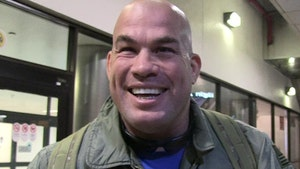Tito Ortiz's Victory Over Alberto Del Rio Reinstated After Drug Test Controversy