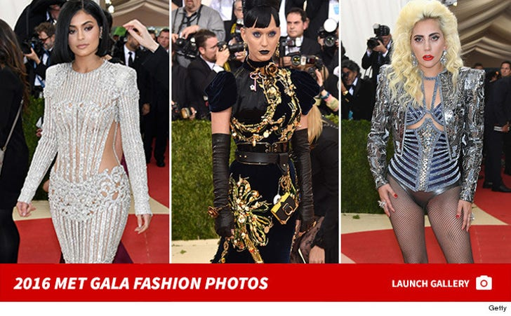 2016 Met Gala -- Fashion Photos