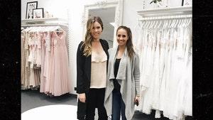 'Bachelor' Finalist Vanessa + Wedding Gown Pic = ??? (PHOTO)