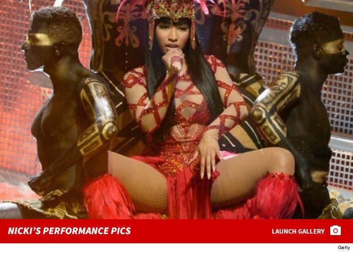 Nicki Minaj Performance Photos