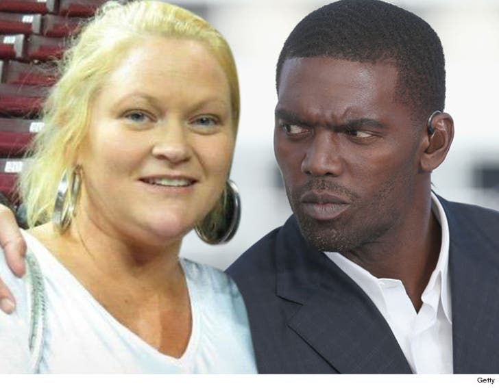 Thaddeus Moss Mother Photo >> Randy Moss' Baby Mama Denies Spending $4 Million On Drugs