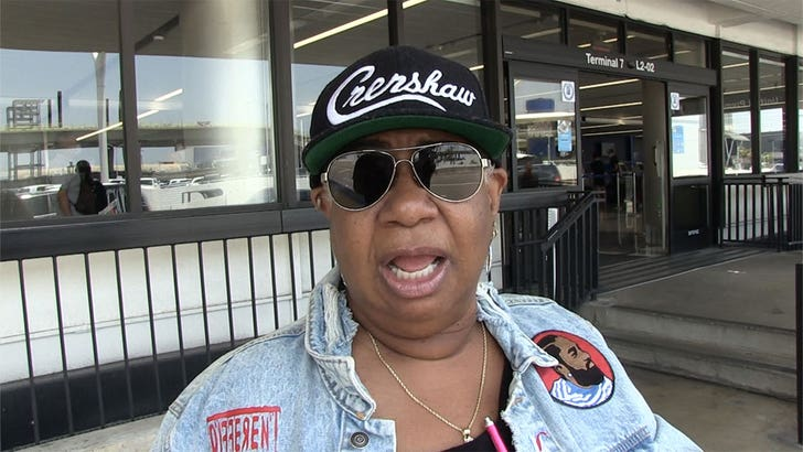 Luenell Says Bill Cosby Should Stay Home or He'll Get the O.J. Treatment.jpg