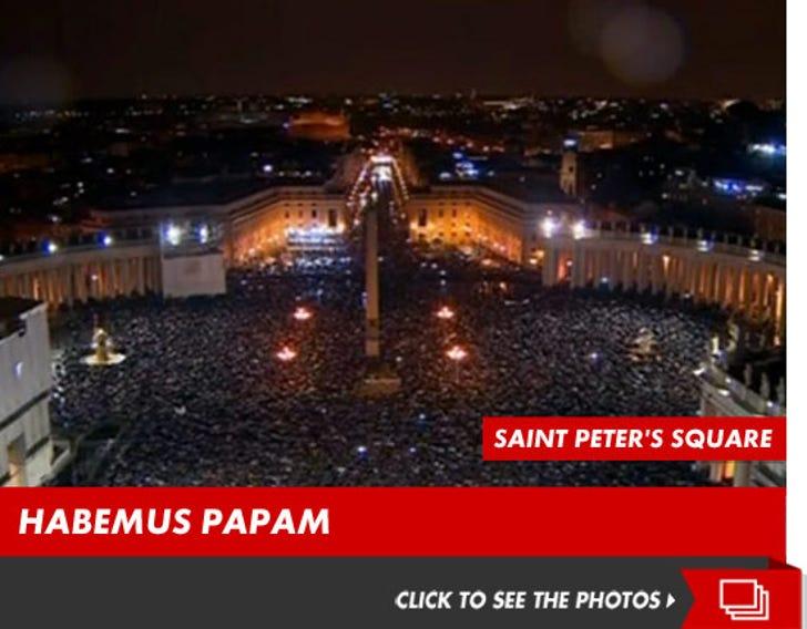 Saint Peter's Square Pictures