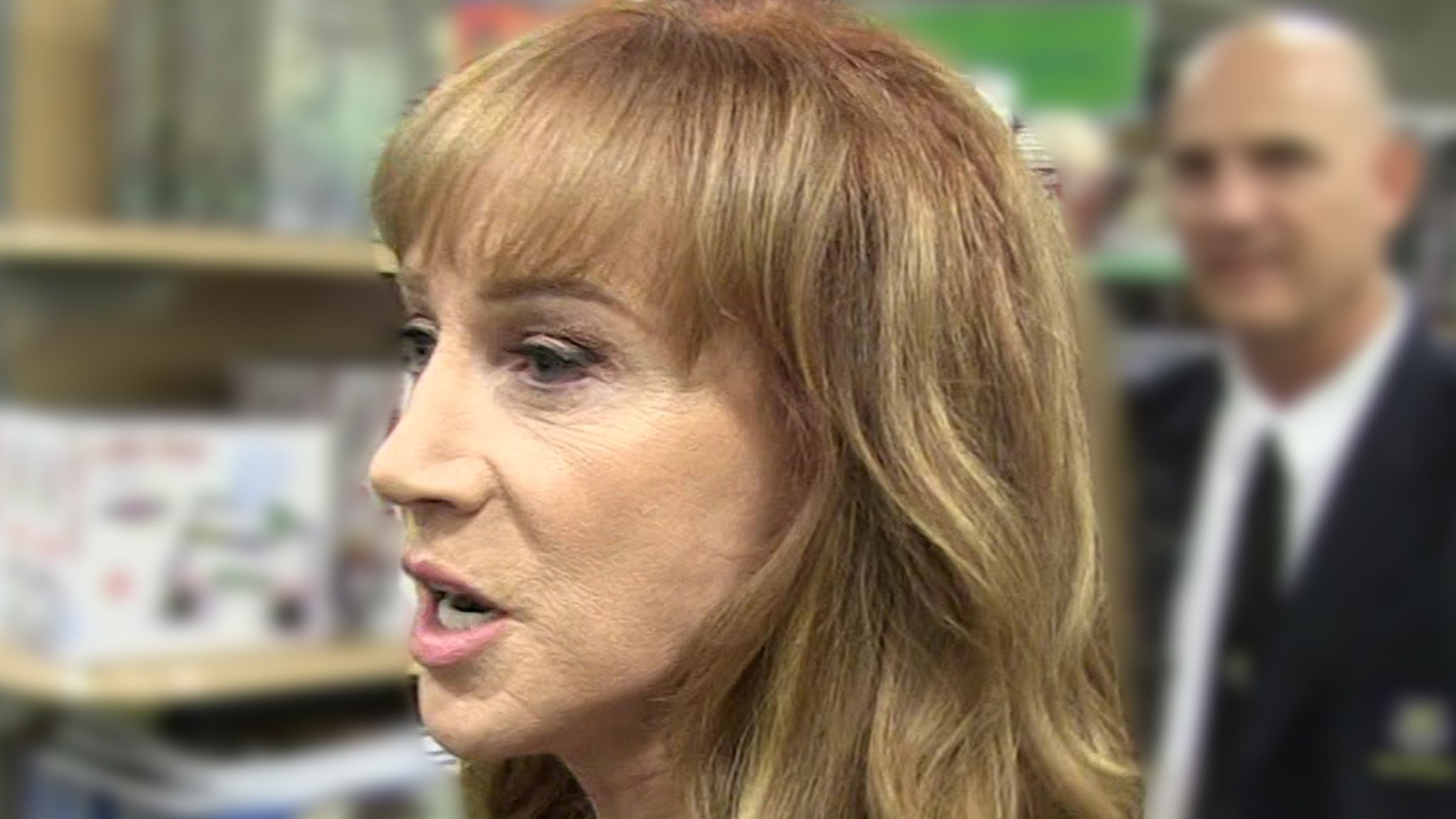 Kathy Griffin Has Lung Cancer, Undergoing Surgery to Remove It