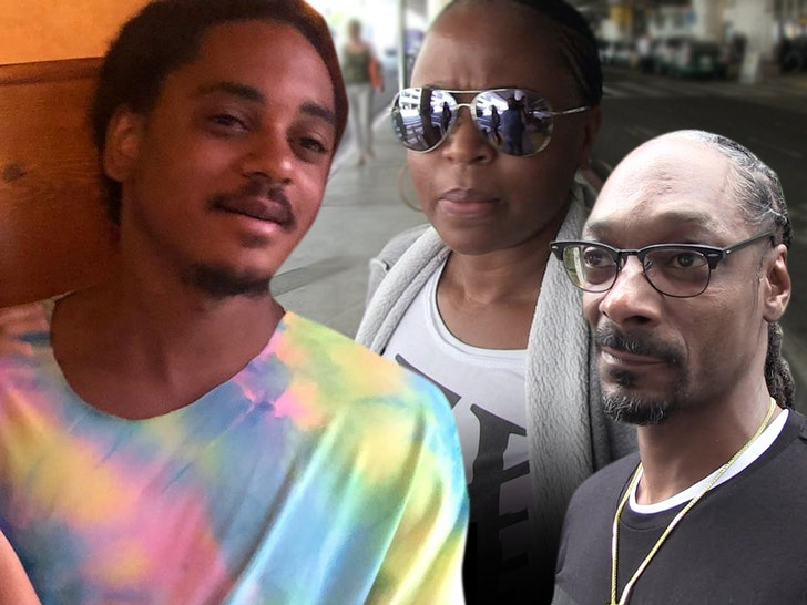 Snoop Dogg's 10-day-old grandson has died