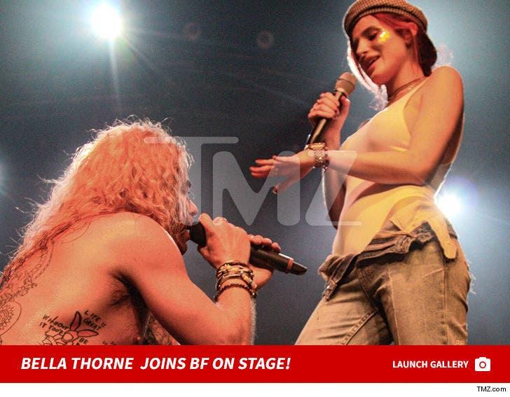 Bella Thorne's Performance Pics