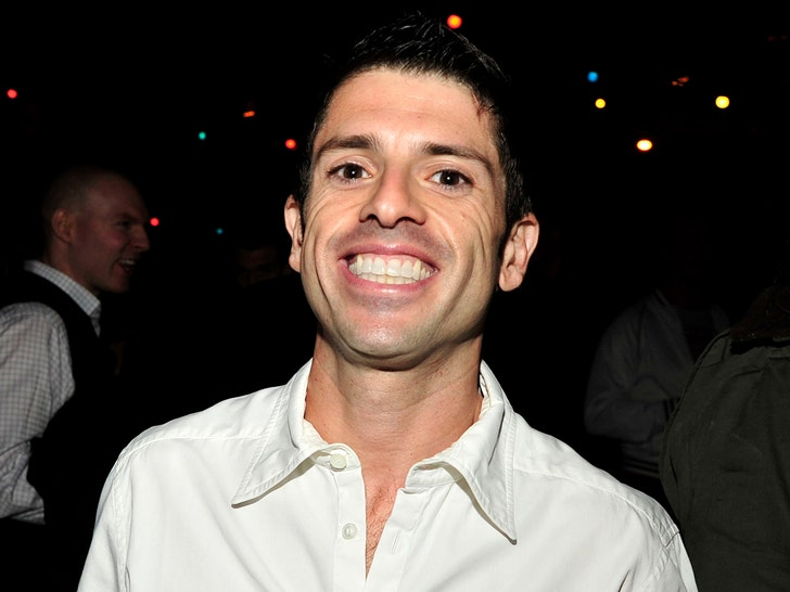 Grindr Founder Joel Simkhai Buys Incredible NYC Penthouse.jpg