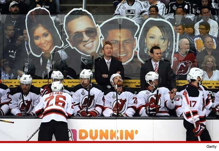 cheaper d39de 39cf7 LA Kings Fans Taunt NJ Devils with 'Jersey Shore' Cast