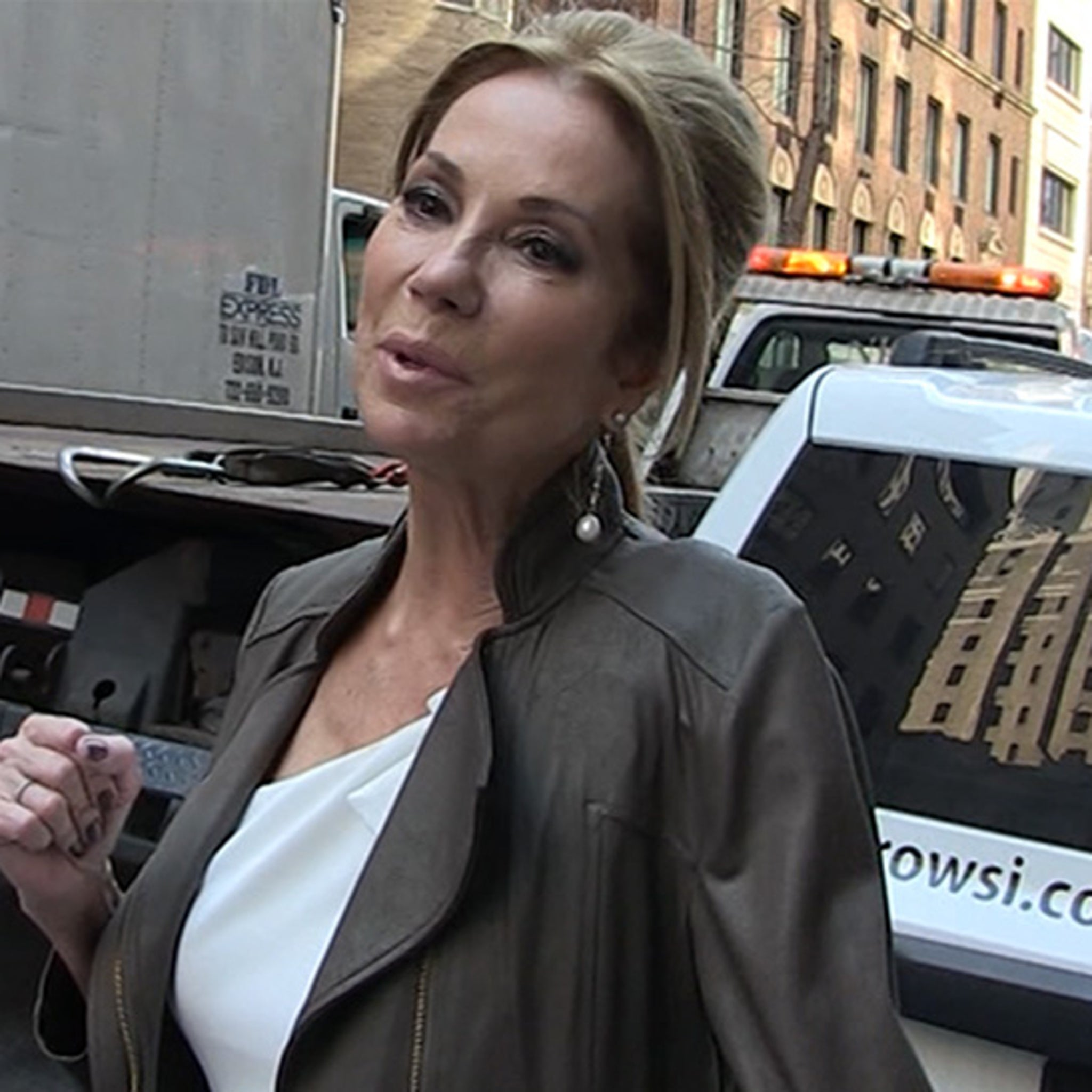 Kathie Lee Gifford Tells Oprah, Listen to God Before Making 2020