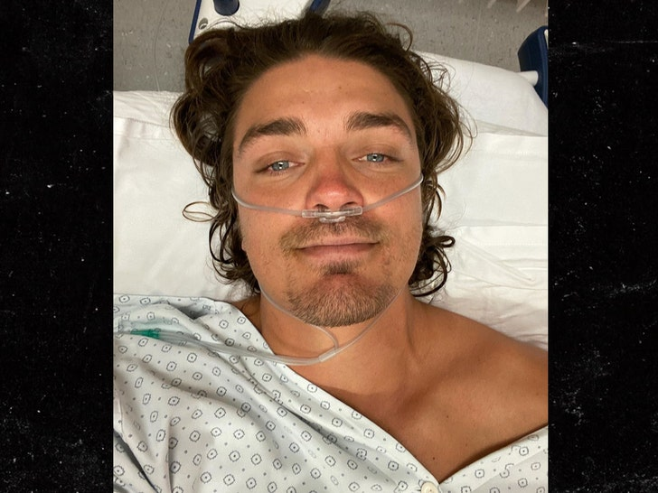 Dean Unglert Is Hospitalized After Ski Accident in Switzerland
