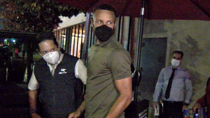 Steph Curry Celebrates New $215 Mil Contract In L.A., Fancy Feast With Ayesha!.jpg