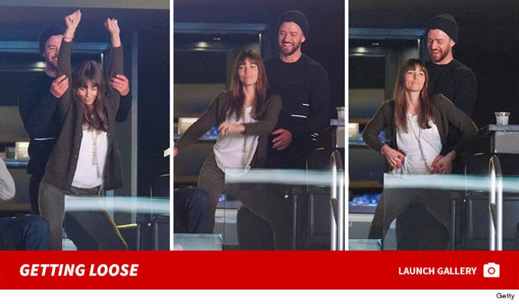 Justin Timberlake and Jessica Biel -- Getting Loose