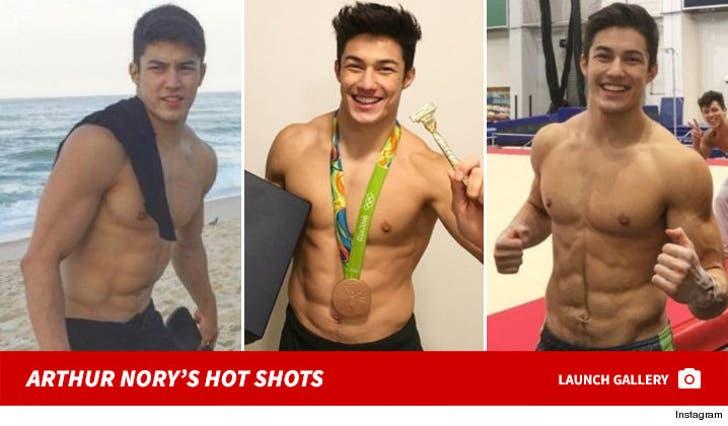 Arthur Nory Mariano's Hot Shots