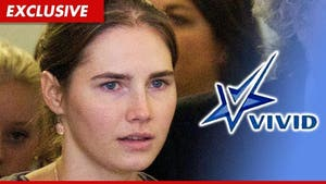 Amanda Knox -- Job Offer from Porn Company, No Sex Required