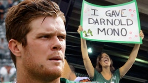 Sam Darnold Says Viral Sign Girl Didn't Give Him Mono, Never Met Her!!!