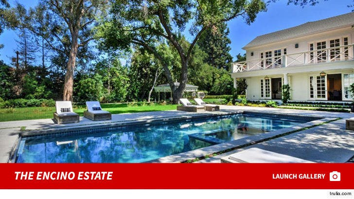 Kyle Richards and Mauricio Umansky's Encino Estate