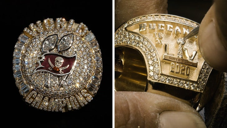 Buccaneers' Super Bowl Rings Feature Removable Top With 319 Diamonds!.jpg