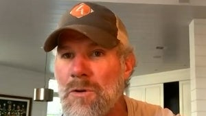 Brett Favre Warns Patrick Mahomes, Be Smart In Dealing With Concussion!