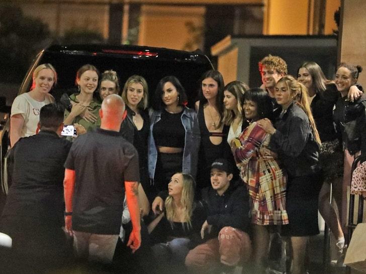 Demi Lovato Celebrates 1 Year of Sobriety