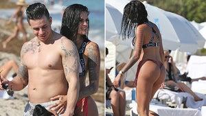 J Lo's Ex Casper Smart Hits Beach with Hot Chick