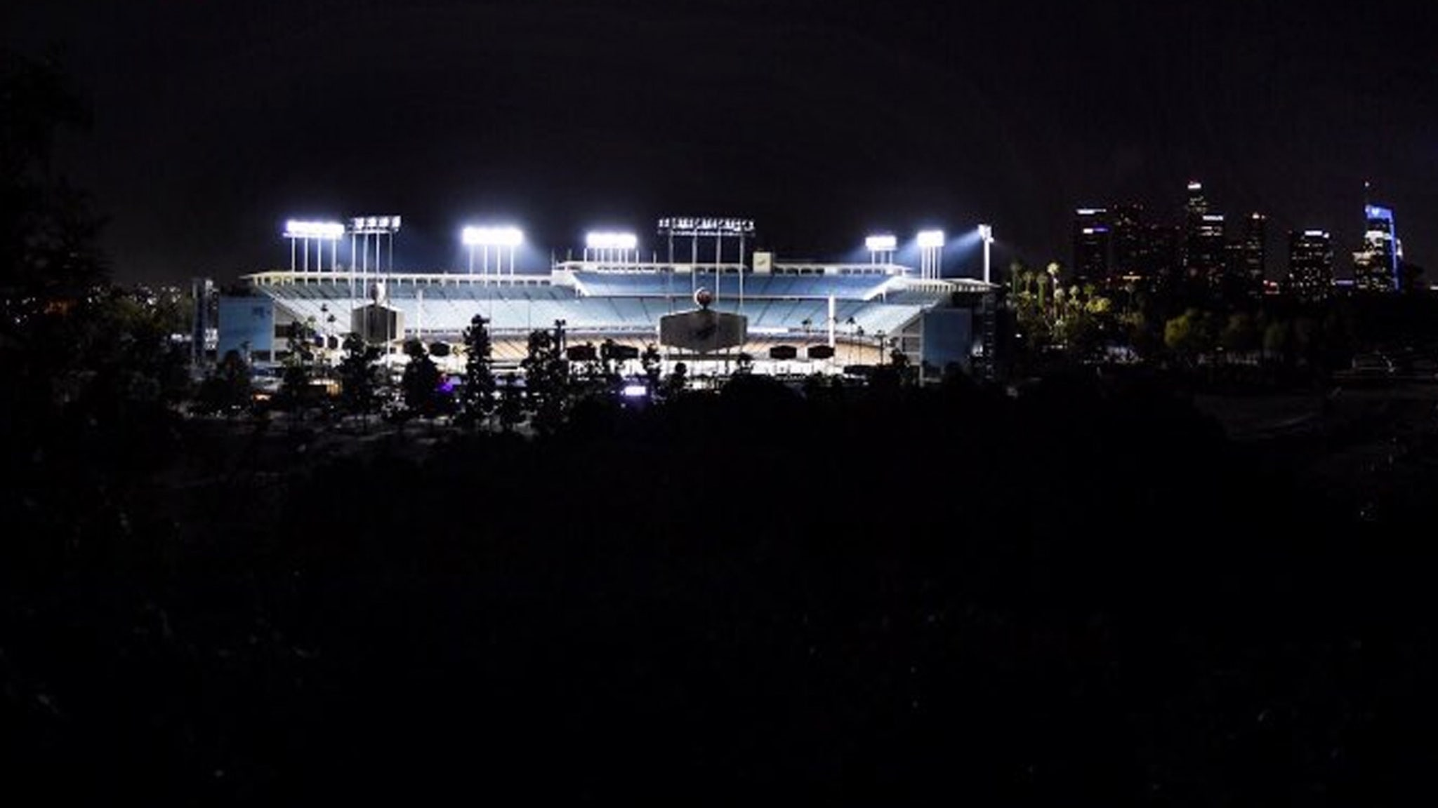 L.A. Dodgers Light Up Stadium To Honor George Floyd, 8 Minutes, 46 Seconds