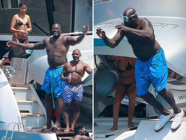 Shaq Flexes On Baller Yacht In Spain