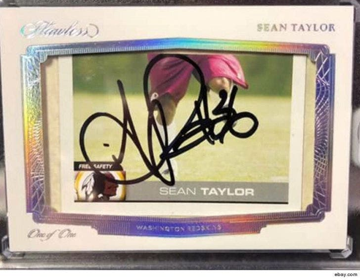 timeless design 569f7 91b28 Sean Taylor Rare Autographed Card Sells for $13,000
