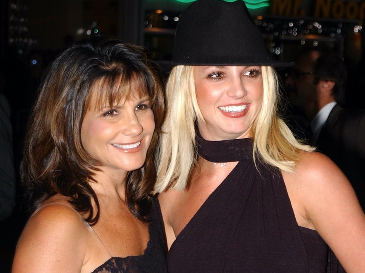 Britney and Lynne Spears Together