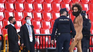 Naked Streaker Went Dong Out at Manchester United Game, Hid at Stadium for 14 Hours!