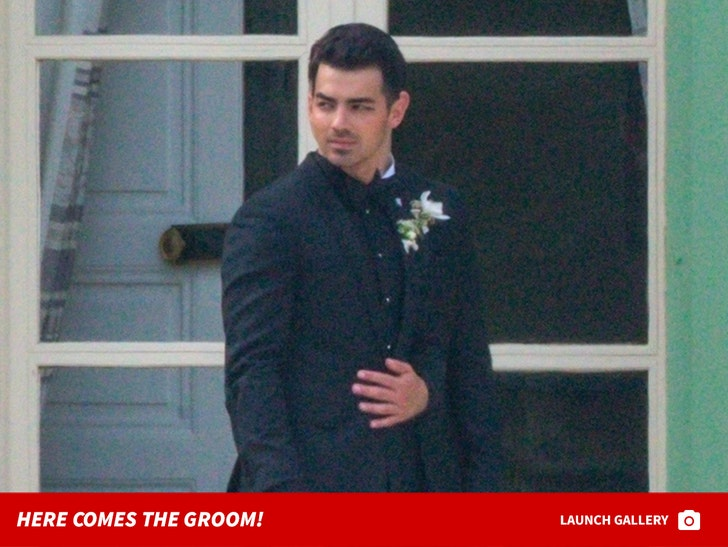 Joe Jonas- Here Comes The Groom!