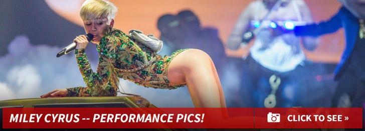 Miley's Sexy Performance Pics!