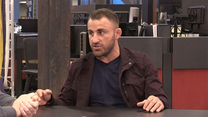 Alex Volkanovski Wants Max Holloway Rematch, Show He's Featherweight G.O.A.T. - EpicNews