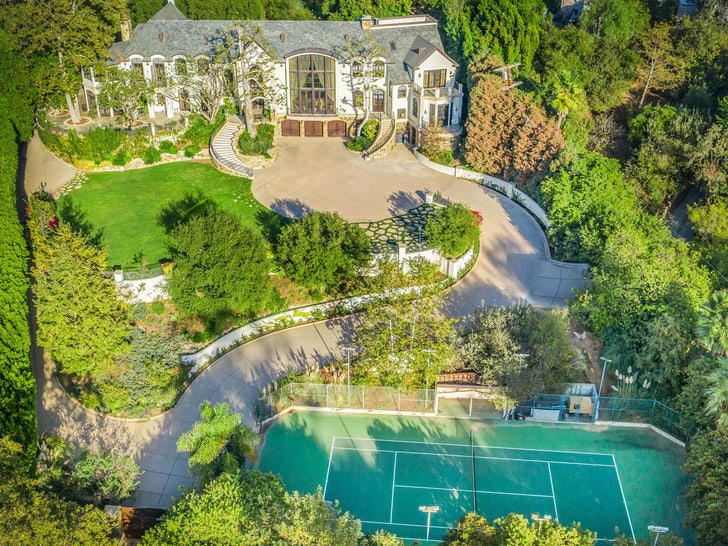 gene simmons sold his bev hills mansion