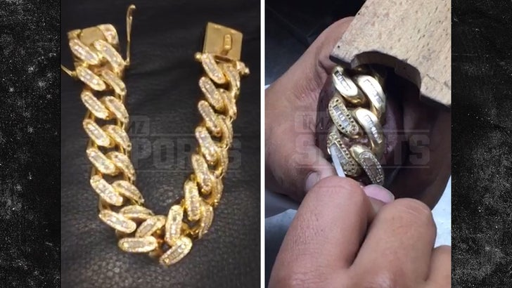 Dez Bryant Drops 200k On Iced Out Jewelry 215 Carats