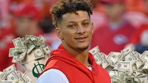 Patrick Mahomes Agrees To 10-Year, $503 Million Extension W/ Chiefs