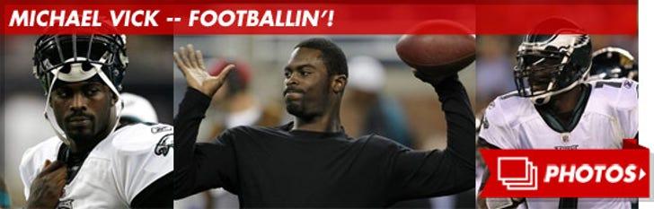 Michael Vick -- Footballin'