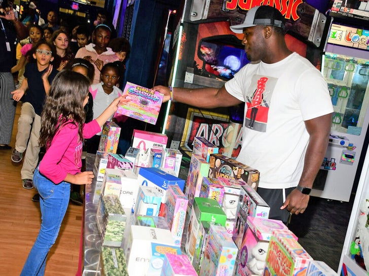 Devin White Gives BIG With Strikes For Kids