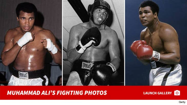 Muhammad Ali's Fighting Photos