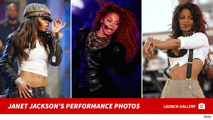 Janet Jackson Performance Photos