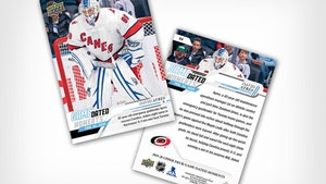 Zamboni Goalie David Ayres Signs Deal With Upper Deck, Gets Official Card!