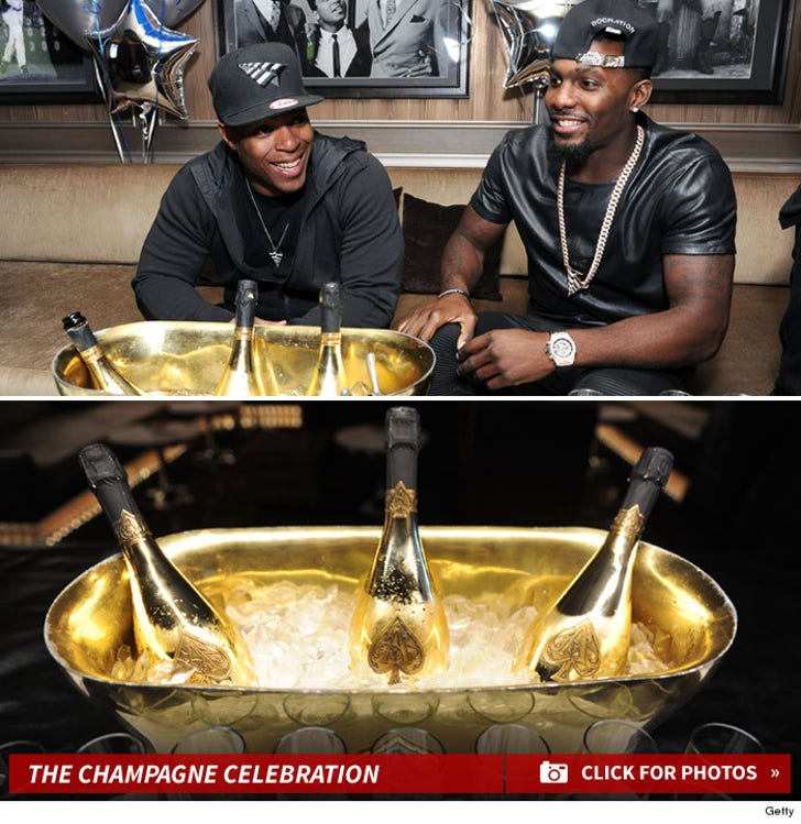 Dez Bryant Parties At The 40/40 Club