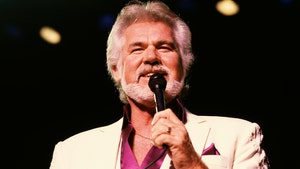 Kenny Rogers Dead at 81 and Dolly Parton Delivers Moving Tribute