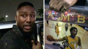 NFL's Carlos Dunlap Cops Kobe Autograph, Blasts Scumbags Pushing Fakes